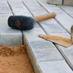 Укладка тротуарной плитки: технология в домашних условиях